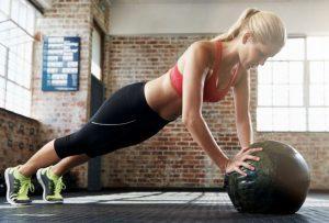 ברפיז עם כדור כוח - תרגילים להורדת שומן בטני